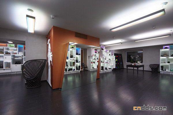 PARAD专卖店室内设计