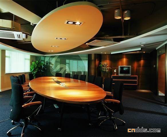 凤凰卫视办公室设计