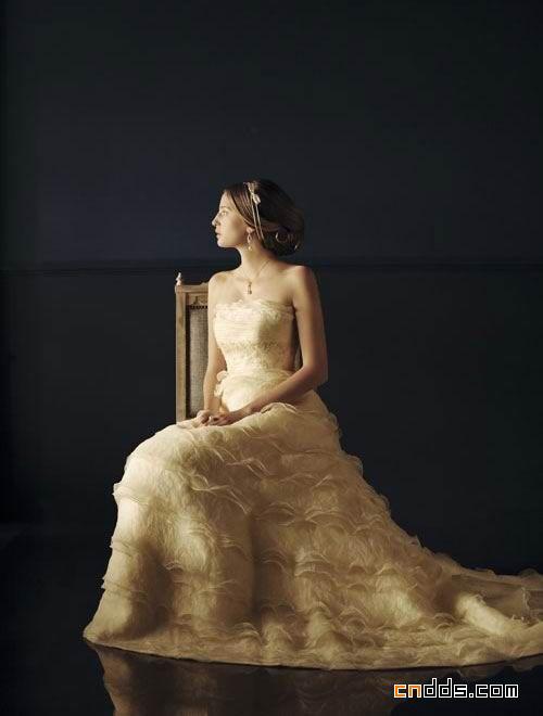 复古塔裙式婚纱