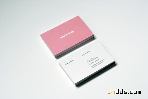 一组简洁风格的平面设计作品