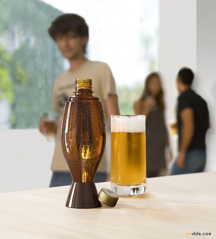 德国纽伦堡展示的珍藏版聚酯啤酒瓶