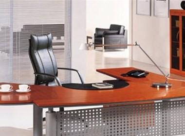 款创意办公桌设计
