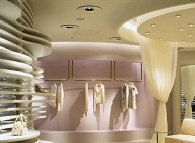东京时尚的服装店