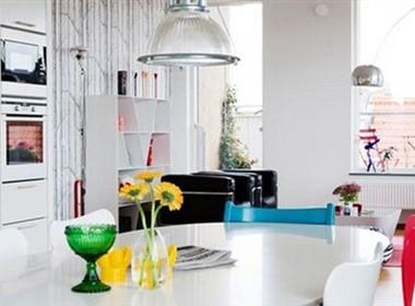 简单的白色室内设计欣赏
