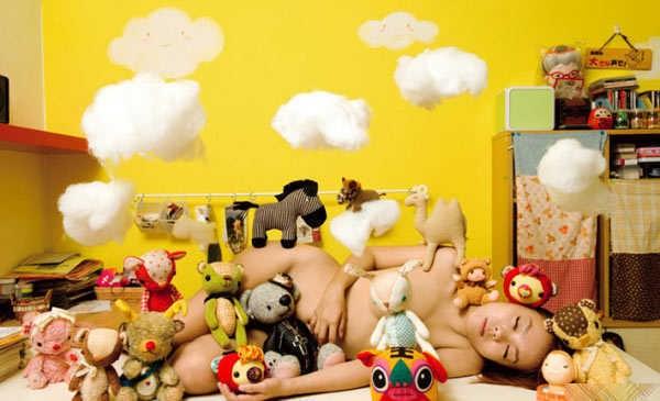 新锐艺术《窥视宅女裸居私密空间》摄影艺术