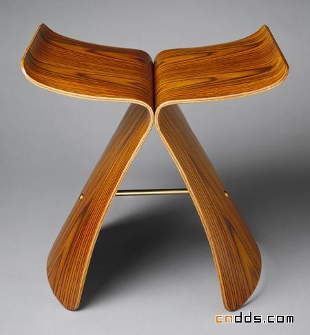 日本设计大师柳宗理经典之作-蝴蝶凳
