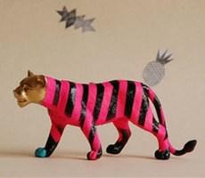 为玩具穿上新装的鲜艳玩具设计欣赏