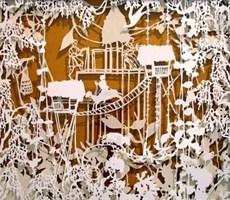 女艺术家流动在指间的剪纸艺术