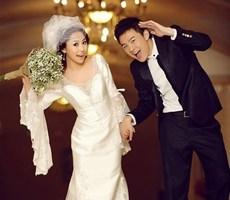 2012萌动婚纱照设计欣赏