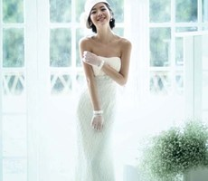 性感优雅彰显魅力婚纱设计欣赏