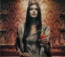 洛丽塔复古酒吧广告