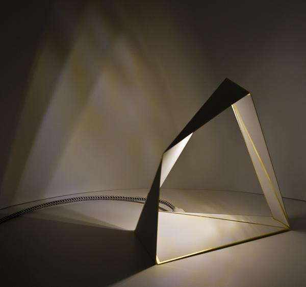 创意几何化台灯-中国设计网