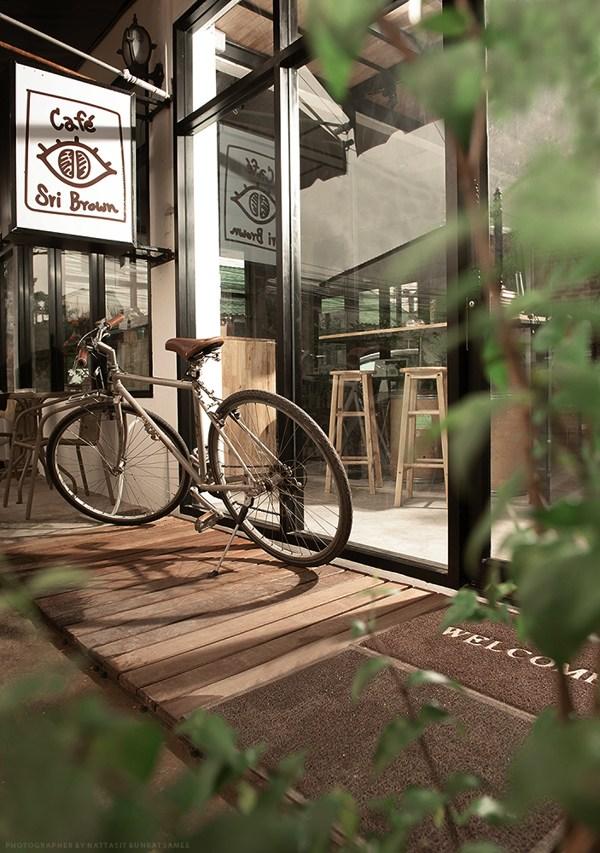 人间四月天,咖啡厅刮响文艺风