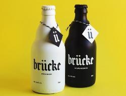 對比度強烈的黑白色啤酒包裝