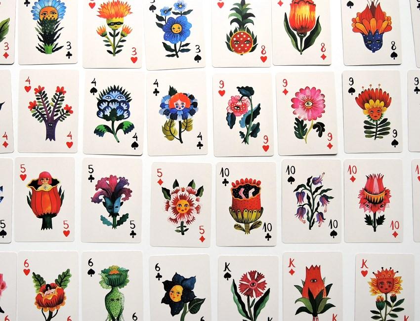 手绘花朵扑克牌