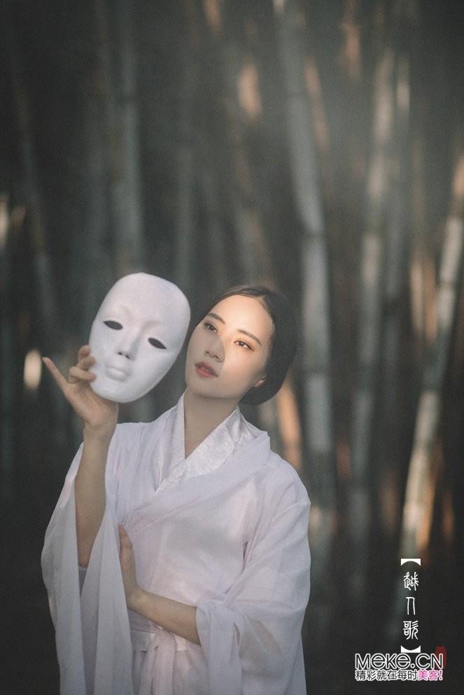 设计中国内蒙古服饰设计 古风设计服饰设计