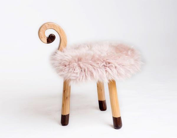 可爱小猴凳子-伴随孩子成长的好礼物