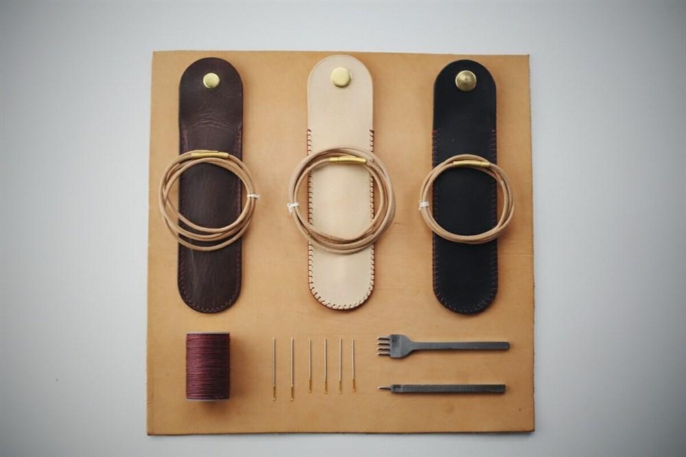 somesame出品 带挂绳的手工皮质笔袋