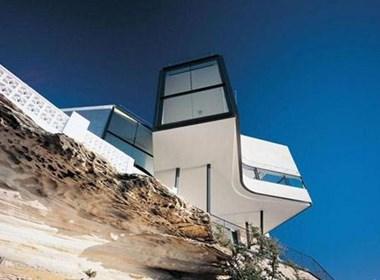 海边峭壁上的别墅