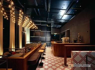 东京温馨咖啡馆设计