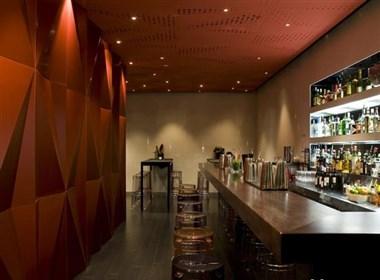 墨尔本梦幻般的酒吧设计