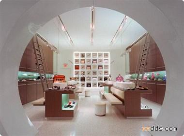 极具特色的鞋店室内设计