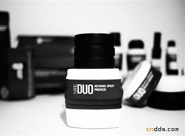 黑白之間的精神生理-DUO化妝品