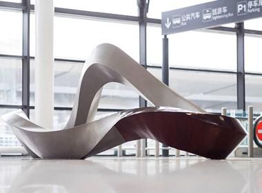 既是雕塑又是座椅
