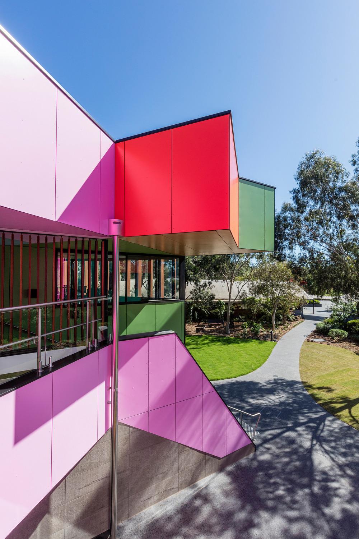 澳大利亚斑斓的语言学校及科学中心