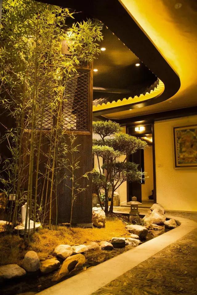 郑州禅意餐饮—云端静舍中式茶餐厅