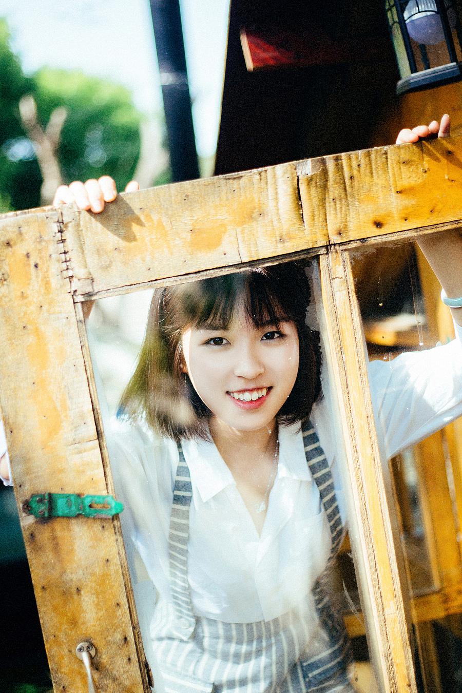 Tiger tooth girl—人像摄影