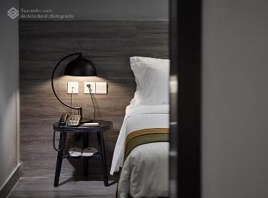 空与间建筑摄影:城市客栈,黑白灰系设计!