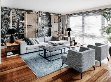 顶层公寓--Escape From Sofa