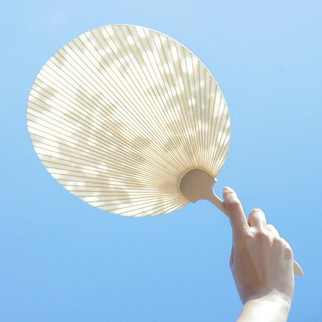 在炎热中拿把日式京扇,优雅地与夏日共处吧