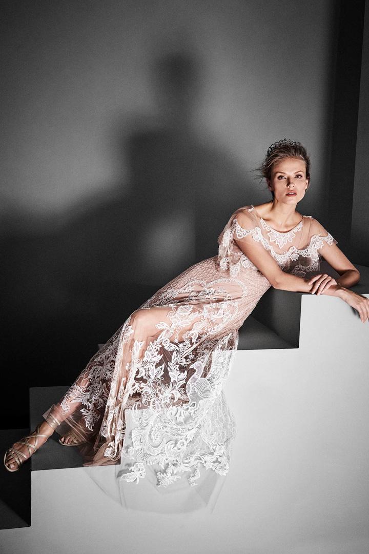 Alberta Ferretti 发布2017秋冬高定系列