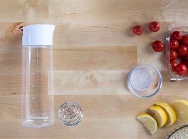 瓶子也可以当搅拌机