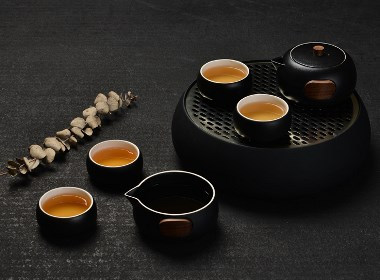 质感出众的艺品级轻便型茶具——泊喜小巨蛋T8