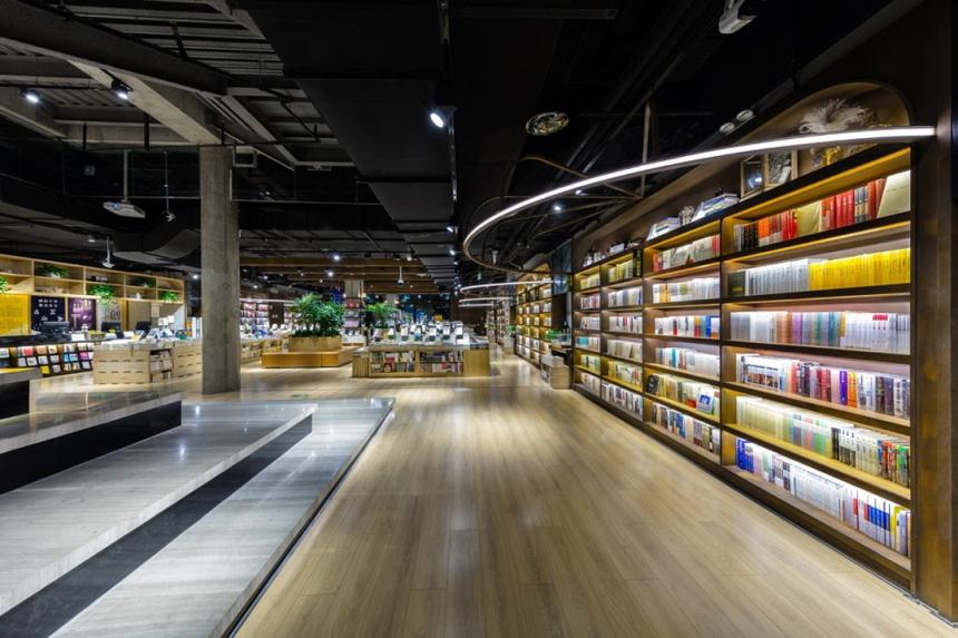 言几又-是书店,但也不是书店 欧模网分享