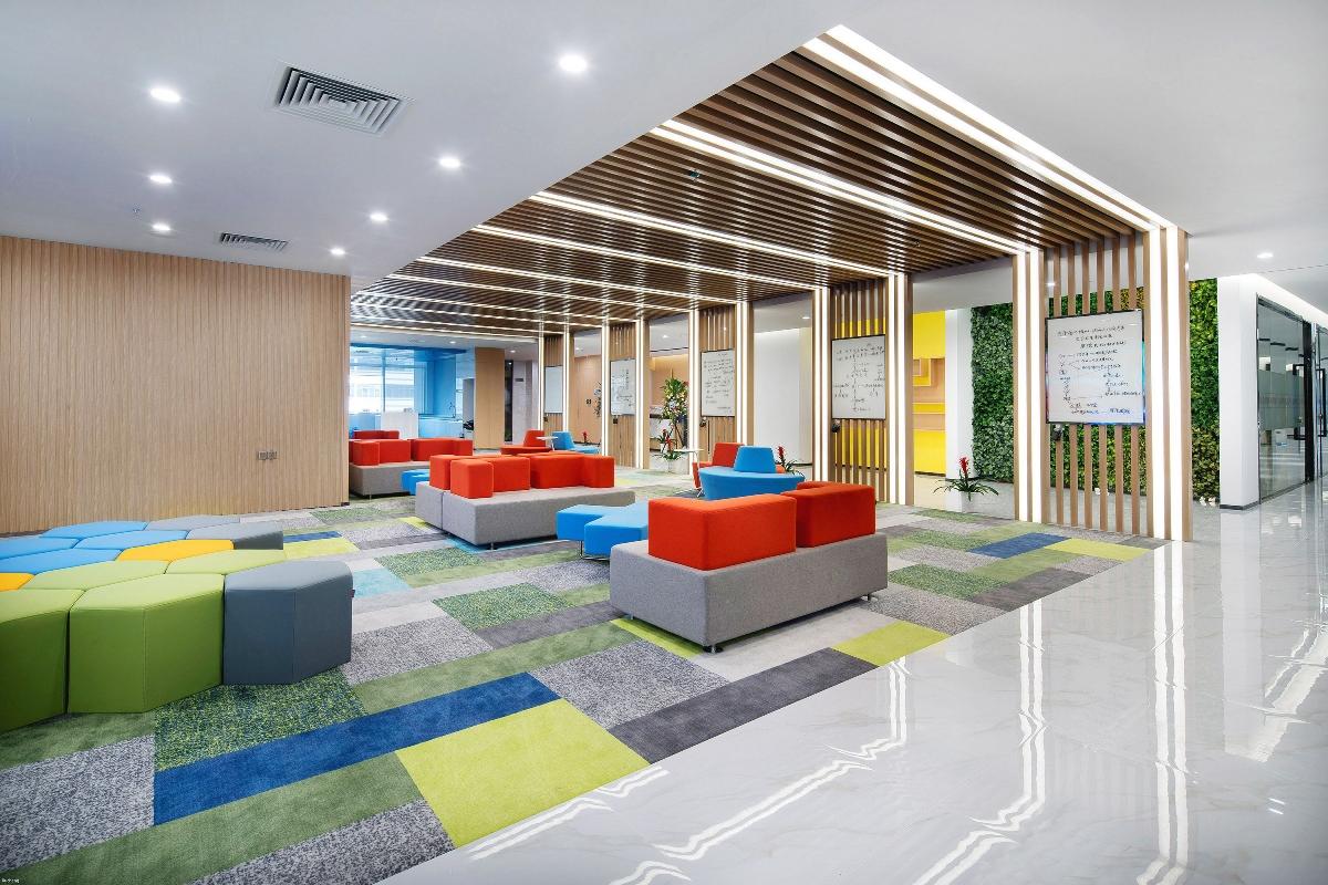 郑州办公室设计_郑州网络科技公司办公室设计