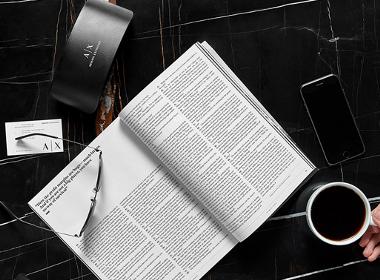 阿玛尼子品牌Armani Exchange的VI设计
