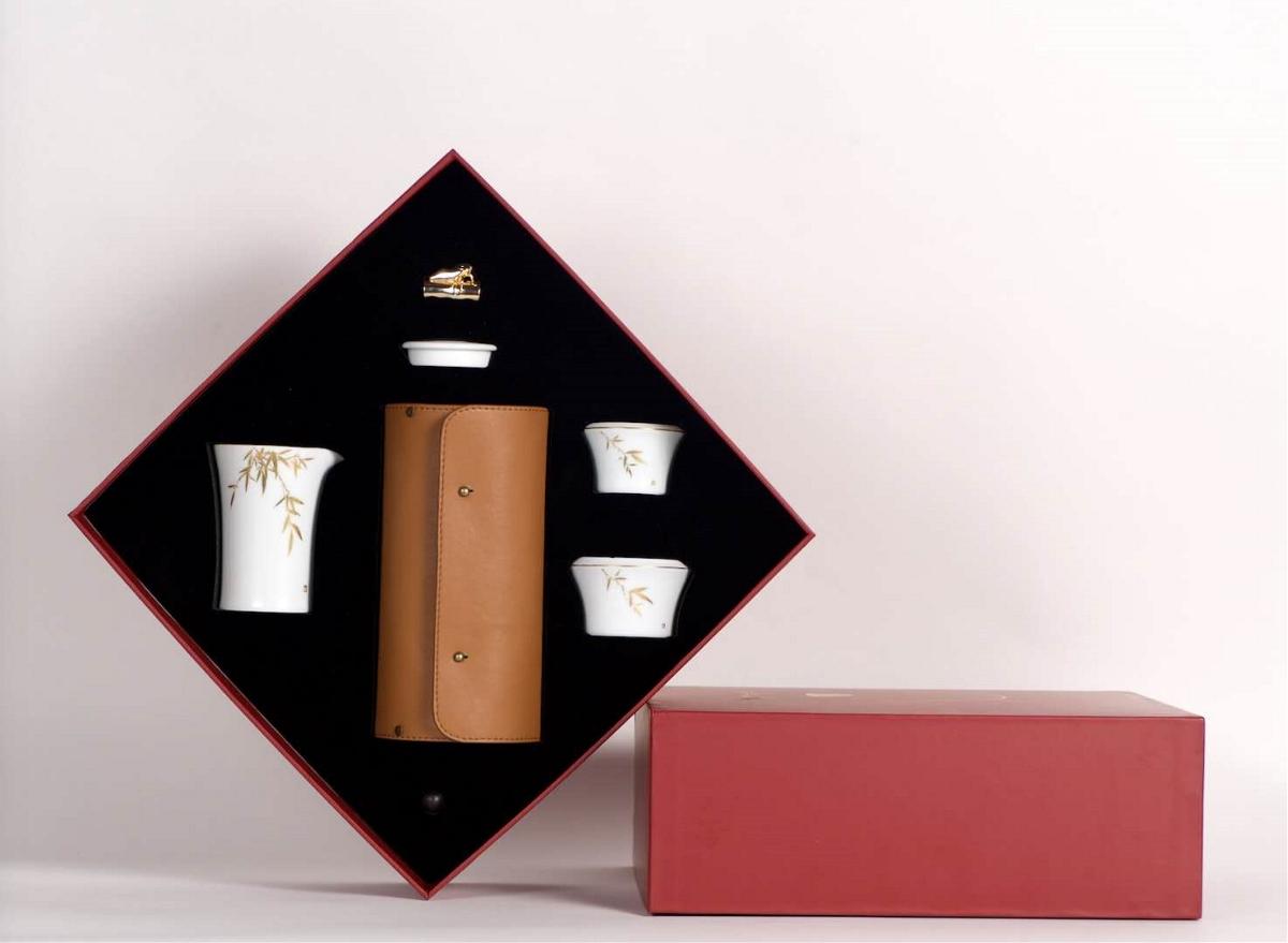 """""""[日常.知足长乐]这应该是颜值最高的旅行茶具了"""""""