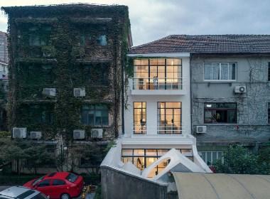 「现代简约」|一个白色生长的家,闪耀在普通旧里弄中