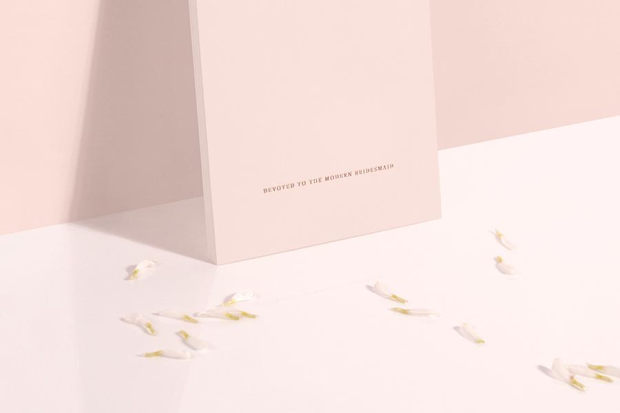 柔美又浪漫——国外伴娘品牌VI设计