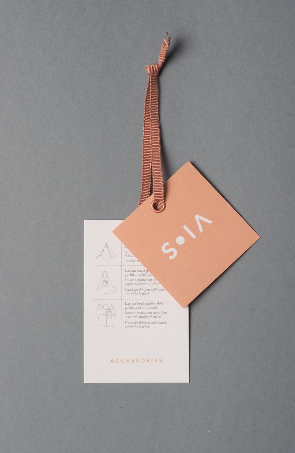 S O I A手工制作的时尚品牌VI设计