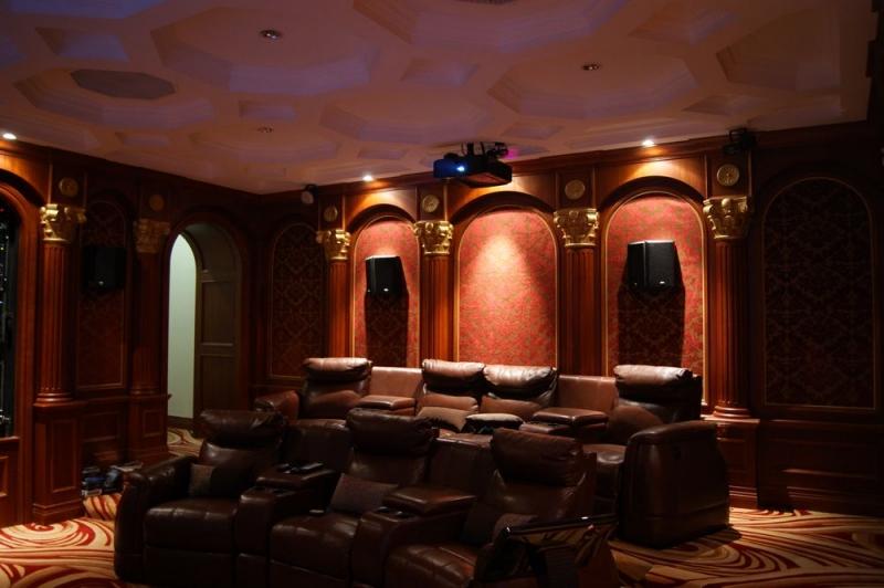 欧式剧院风元素_欧式奢华私家影院设计案例赏析