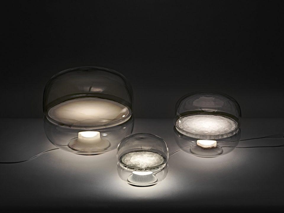 漂亮的马卡龙桌灯