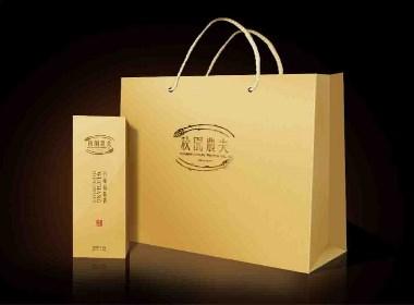 秋园农夫稻花香 快消食品 品牌包装设计