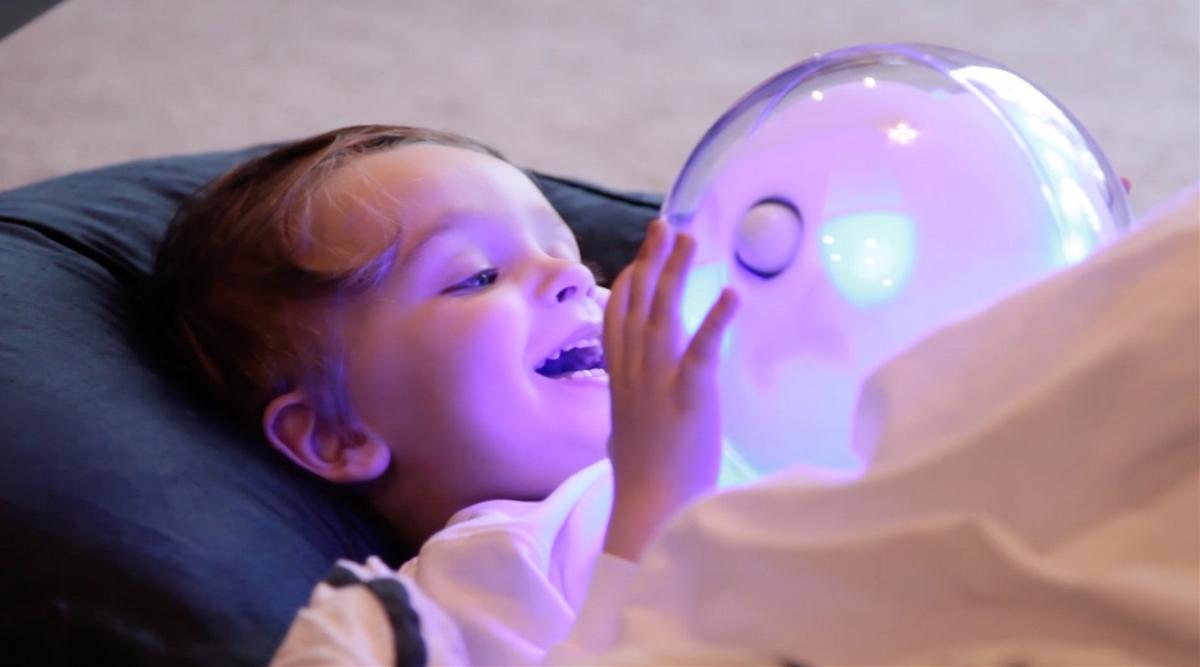 Leka智能玩具|交互式机器人伴侣