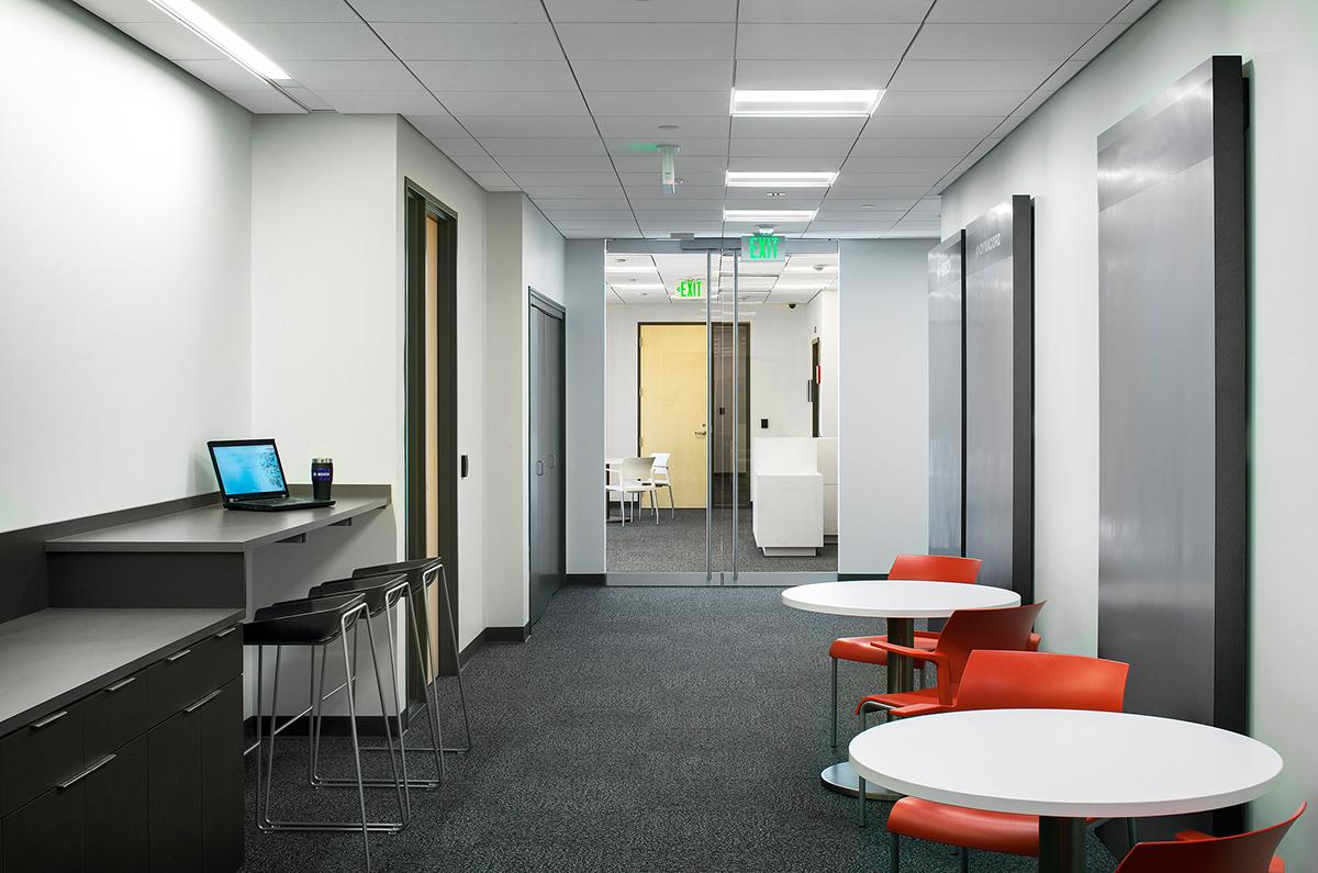 创意办公空间 设计单位:河南凡舍建筑装饰设计有限公司项目名称:郑州