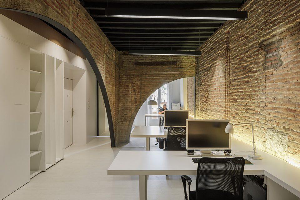 郑州办公室装修_创意办公空间设计_办公室设计效果图